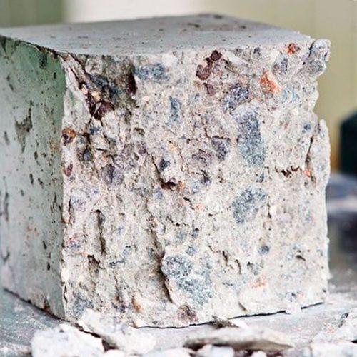Как правильно забивать кубики бетона